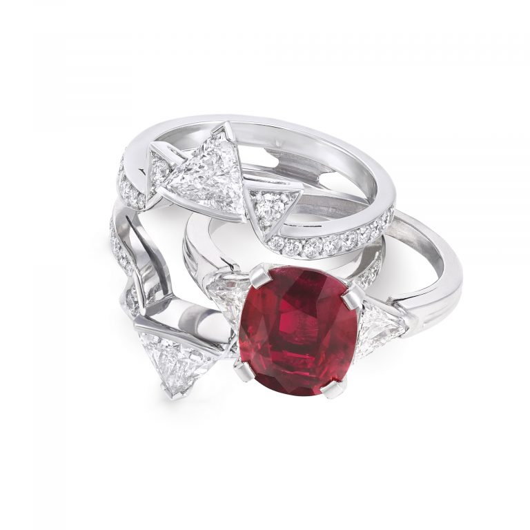 Double frame Oval Ruby ring _ sit slide