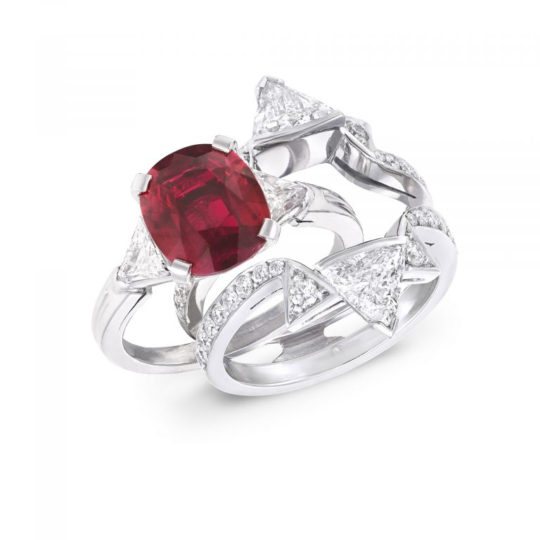 Double frame Oval Ruby ring _ upright slide